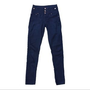 Denim&Co high rise skinny 3 button jeggings jeans
